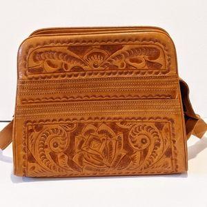 Vintage 50's hand tooled Flores shoulder bag